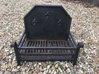 Fire basket with cast iron fire back
