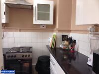 One Bedroom in Flatshare   Shoreditch   Please call 07572 528 106