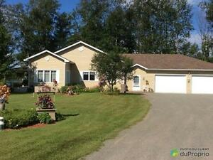 475 000$ - Maison de campagne à vendre à Val-Des-Bois Gatineau Ottawa / Gatineau Area image 2