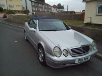 *ABSOLUTE STUNNING MERCEDES CLK!!(CONVERTIBLE)REAL HEADTURNER!!!