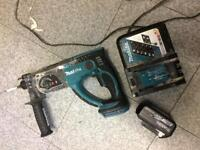 Makita with battery and charger