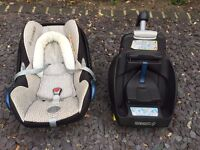 Maxi-Cosi Cabriofix Infant Carrier, Isofix base & Bugaboo Adapters