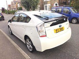 Toyota Prius 1.8 VVT-i Hybrid T Spirit CVT 5dr Genuine UK Model (Not Japanese import)