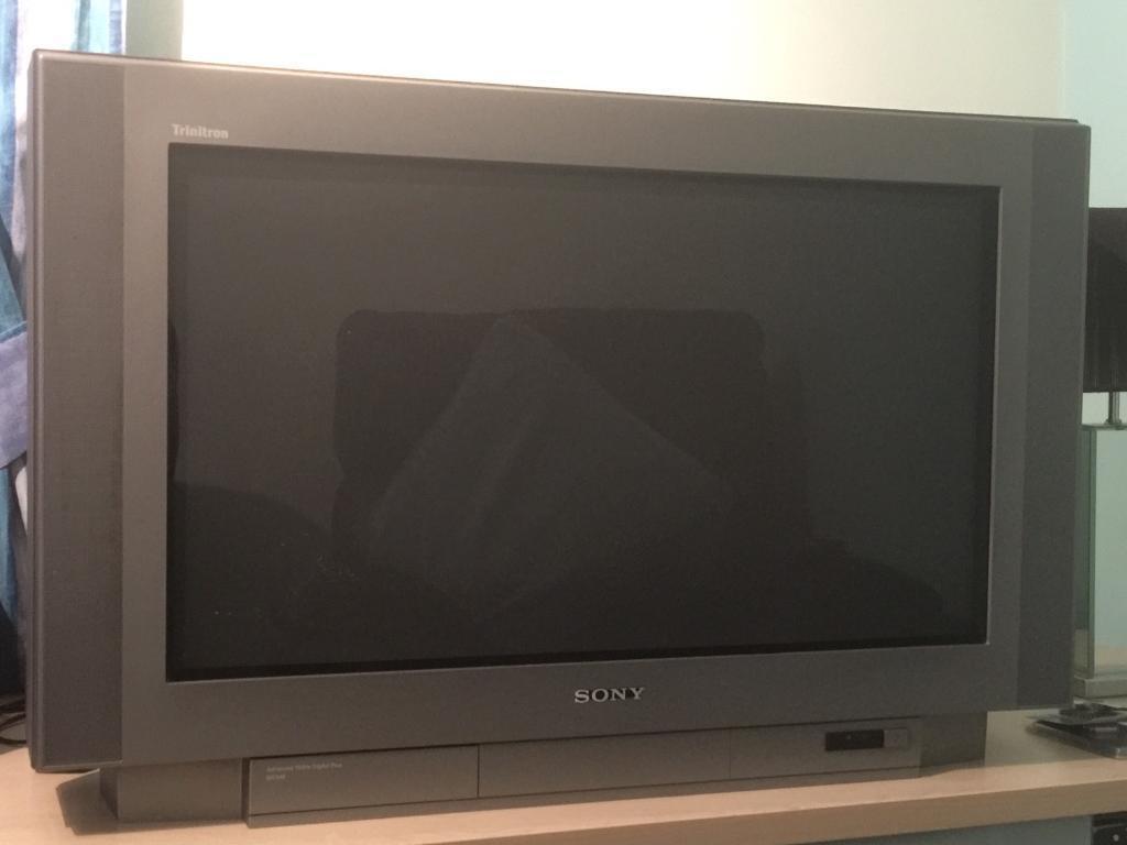 sony tv old. old sony trinitron tv tv