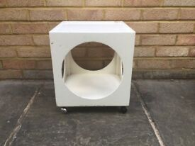 Stunning vintage 1960s small cube table