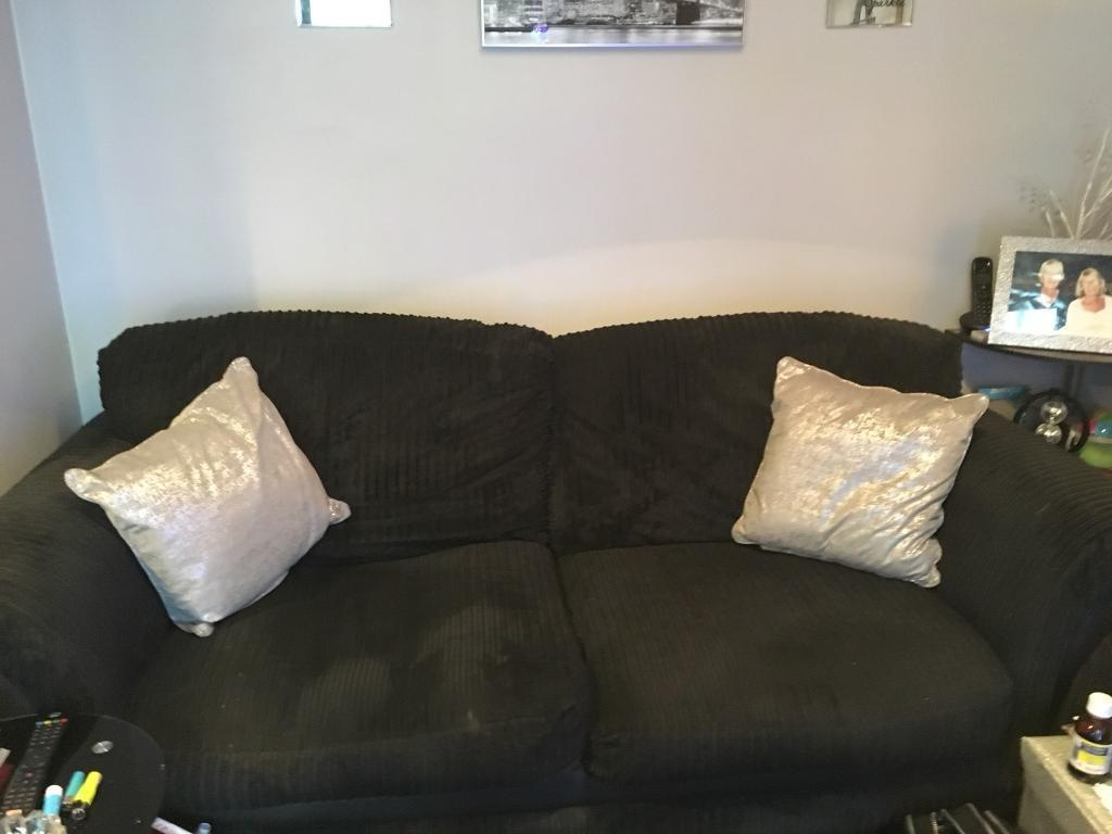 3 and 2 seater black sofa