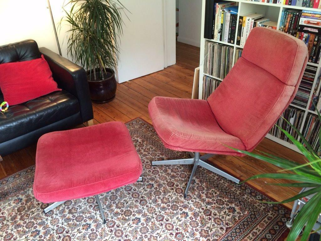 Retro Looking Swivel Chair & Footstool (possibly discontinued Ikea Lunna)