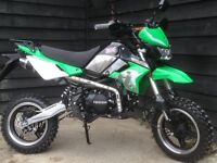 *BRAND NEW* FULLY ROAD LEGAL 'LONDON PIT BIKE' 125cc