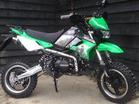 *BRAND NEW* FULLY ROAD LEGAL 'LONDON PIT BIKE' 125cc