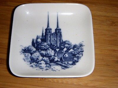 ROYAL COPENHAGEN 2985-15/905 DENMARK SMALL SQUARE DISH 3 1/4""