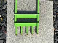 Hollow tyned fork, brand draper £10