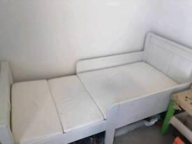 Stompa Classic Kids Starter Bed White + Foam Mattress