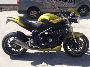 TRIUMPH SPEED TRIPLE 1050 08/2013 MDL 22500 KMS PROJECT MAKE OFFE Campbellfield Hume Area Preview