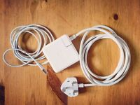 GENUINE Apple 60W MagSafe charger (MacBook & 13in MacBook Pro) Purchased CB Apple store. V.good cond