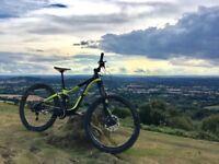 Mountain Bike, Full Suspension - Giant Reign 2