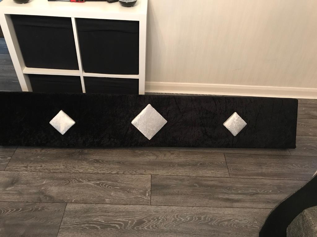 Black crushed velvet Pelmet