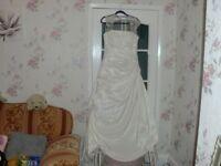 RONALD JOYCE IVORY WEDDING DRESS SIZE 14/16