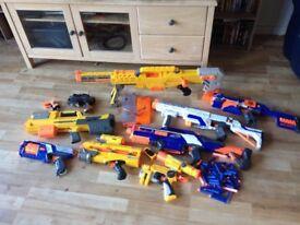 Nerf guns, 9 in total, all work okay...