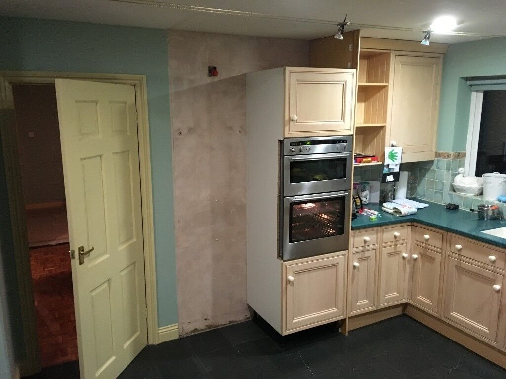 Kitchen Cabinets In Leek