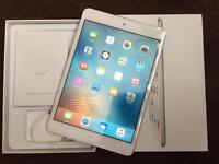 iPad mini 16GB silver Excellent condition boxed