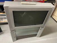 Sony Trinitron 28 inch CRT TV + stand. Model KD-28DX40U.