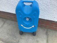 Fresh water container on wheels