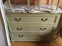 Furniture clearance North Castle St £100