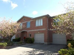 5 bdrm townhouse w/garage. Near downtown and Old North.