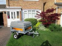 Used once like new, spare wheel, jockey wheel , lockable top box, padlock and JCB cable