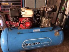 Petrol compressor