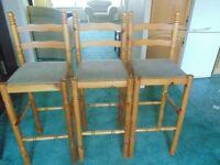 3 x breakfast bar stools