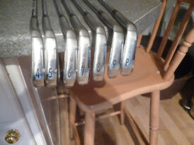 SRIXON IRONS I-700 TOUR 4- PW