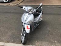 Perfect piaggio liberty 50cc moped scooter vespa honda