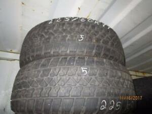 225/60R17 2 ONLY USED ARTIC CLAW WINTER TIRES