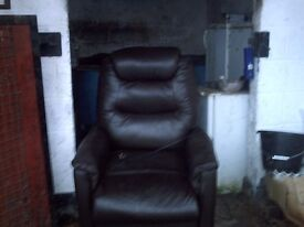 BROWN REAL GENUINE LEATHER ELECTRIC HIGH CHAIR IN PERFECT CONDITION.
