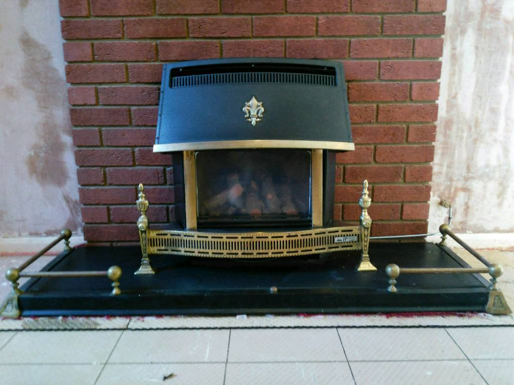 Valor Homeflame Log Effect Gas Fire Balance Flue In
