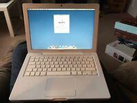 """MacBook 13"""" (Late 08) 2.1Ghz Core 2 Duo 2GB Mac OS X Lion 10.7.5 Laptop"""