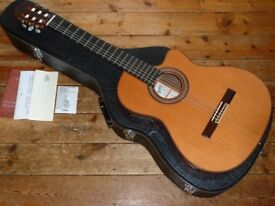 Ramirez 2CWE classical nylon string electro acoustic with Fishman pickup 2006