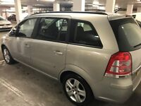 Vauxhall Zafira 1.6 i 16v Exclusiv 5dr Full service history, 2 owners