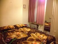 1 Large Master Bedroom to rent at Ilford..
