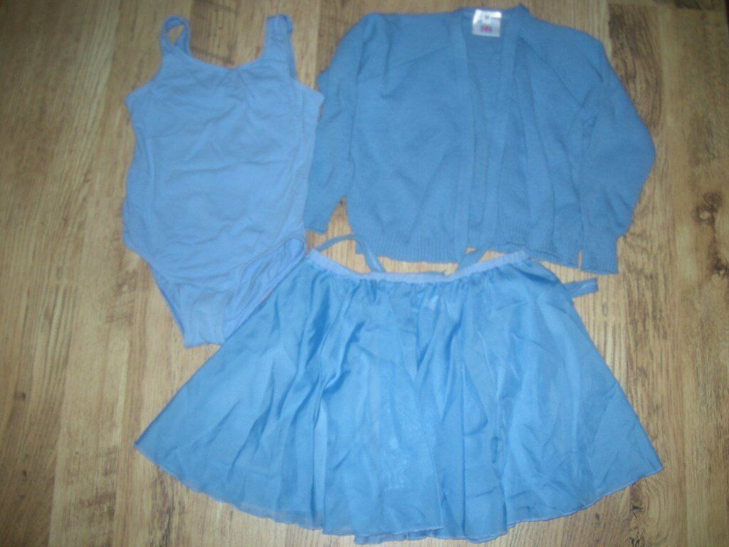 Girls Ballet Clothes - Ages 9-10 years