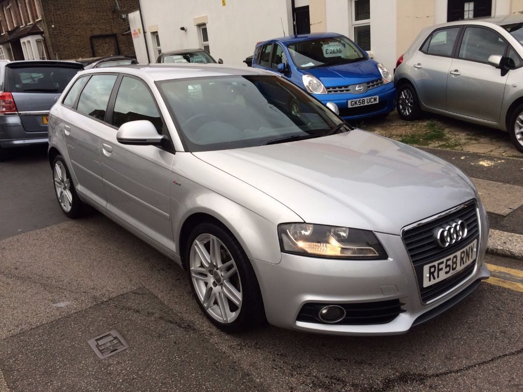 audi a3 1 9 tdi diesel s line sportback 2009 face lift day running light 1 former owner in. Black Bedroom Furniture Sets. Home Design Ideas