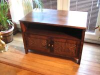 TV Cabinet - Mahogany - Absolutely Gorgeous piece of furniture