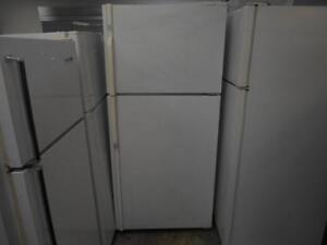 Réfrigérateur Maytag Plus 18 CU FT / Refrigerator Maytag Plus 18 CU FT