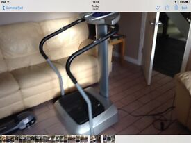 Power vibration plate trainer