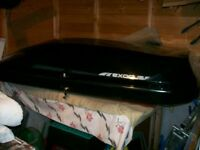 Halfords 470l roof box