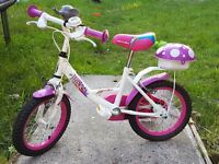 "Girls bicycle 12"" Brilliant condition"