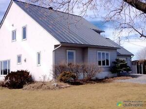 294 000$ - Maison 2 étages à vendre à St-Hyacinthe Saint-Hyacinthe Québec image 3