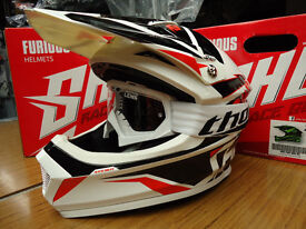 New Kids Youth M 51-52cm Shot Furious MX Helmet & White Thor Goggles Black/Red