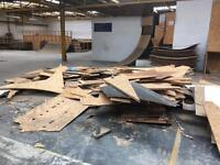 THE GARAGE SKATEPARK - quarter pipe(s), grind box - some free wood LIVINGSTON